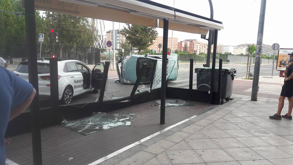 Espectacular Accidente Sin Heridos En Paseo De España Que Ha