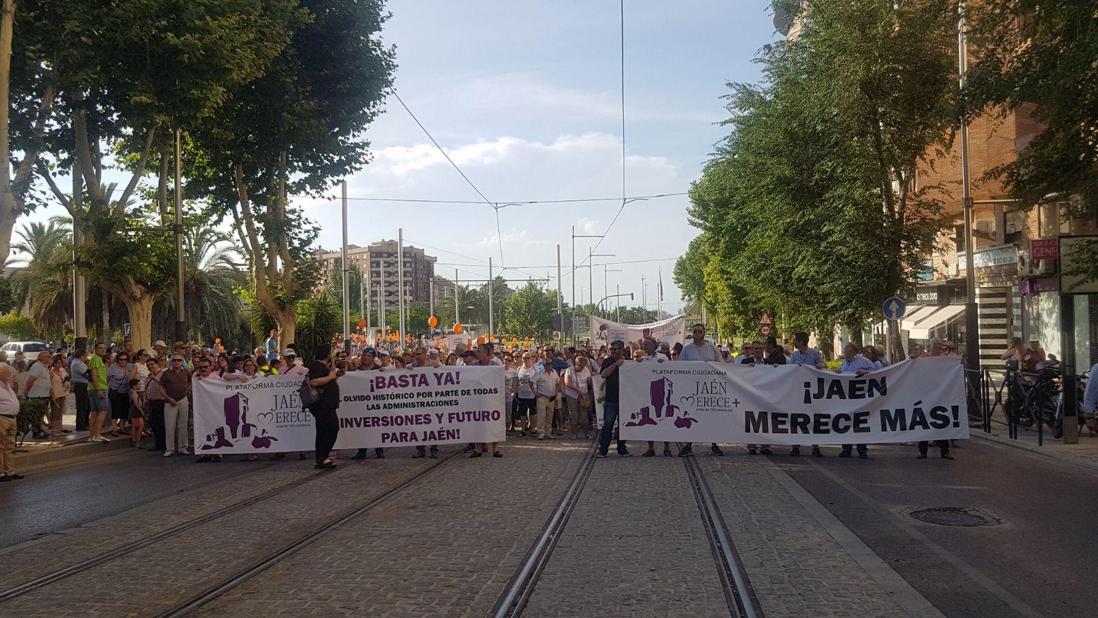 Manifestación el pasado mes de junio de la ciudadanía que tomó las calles de Jaén.