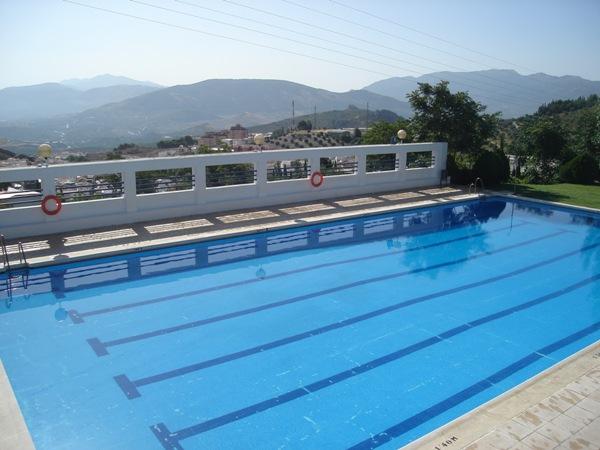 La piscina de el tomillo abre este s bado sus puertas tras for Cuando abren las piscinas en madrid