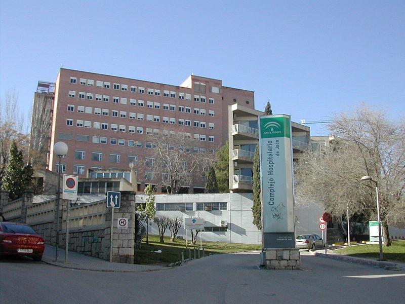Fachada de hospital Médico-Quirúrgico