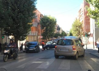 Accidente de dos vehículos en Avenida de Barcelona.