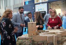 El consejero de Turismo y Deporte, Francisco Javier Fernández, asistió hoy en Jaén a la jornada inaugural de la Feria de Turismo de Interior de Andalucía 'Tierra Adentro'