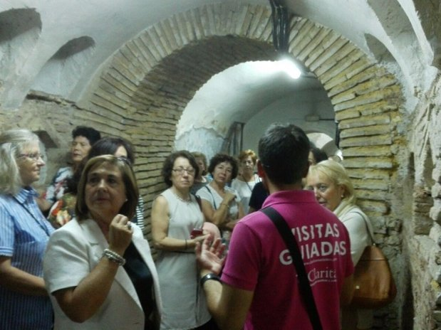 Visita a las catacumbas de Jaén.