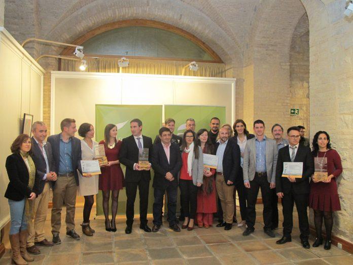 El presidente de Diputación con los responsables de las empresas premiadas en Innova y Emprende.