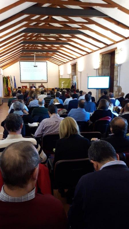 Inauguración de las jornadas sobre planes municipales de vivienda en Jaén-