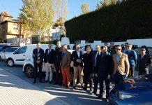 Participantes de la caravana de coches eléctricos de Úbeda a Granada.