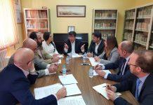 """Reunión de Juan Marin, Raquel Morales y concejales de Ciudadanos con representantes de la plataforma """"Todos a una por Linares"""""""