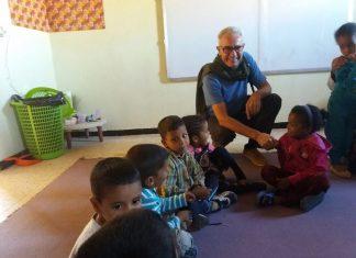 Diego Cañamero en la visita al campo de refugiados de Tinduf