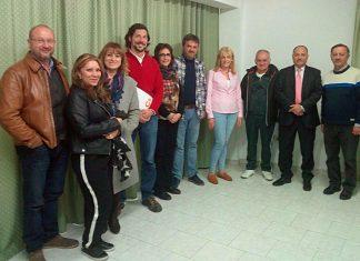 Miembros de Ciudadanos con la asociación de vecinos de la Merced.