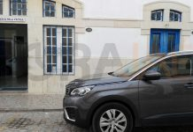 Comisaría donde permanece detenido el padre de los niños secuestrados en Alcalá la Real con el vehículo que había alquilado. FOTO: HoraJaén