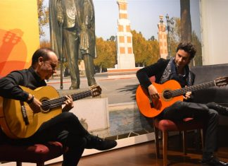 Pedro Navarro con Ramón Jarque durante su actuación en Linares.