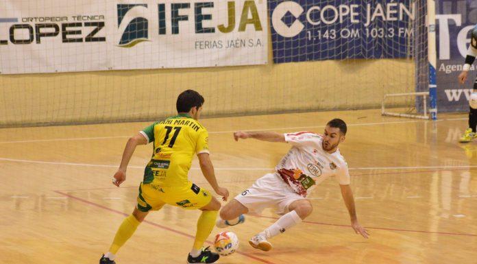 Jugada del partido que ha enfrentado al Jaén FS y Segovia.