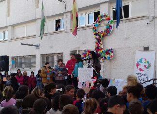 Acto en el colegio Antonio Prieto contra la violencia de género.