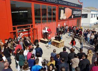 Pujas a lo Bestia en Jaén con subastas desde un 1 euro de electrónica, muebles o sofás.