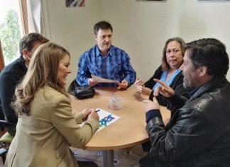 Reunión de Charo Morales de Coca con miembros de Aprosoja.