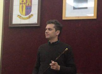Jesús Cózar con su bastón de mando, nuevo alcalde de La Puerta de Segura.