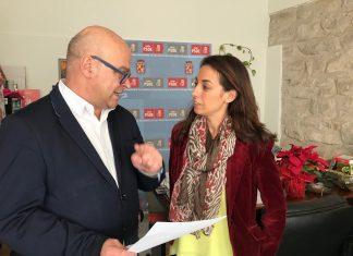 Manuel Fernández y Mercedes Gámez tras la comisión de Economía.