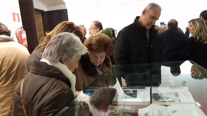 Inauguración de la exposición para conmemorar el centenario como Monumento Nacional del hospital de Santiago.