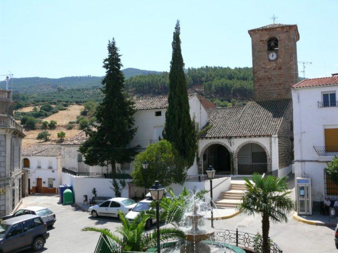 Plaza principal de Génave.