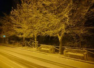 Las primeras nieves han llegado a La Matea en Santiago Pontones. FOTO: Ana Martínez