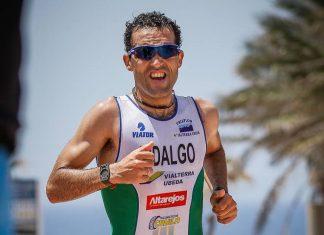 José Hidalgo premiado por el ayuntamiento de Torreperogil a una trayectoria deportiva.