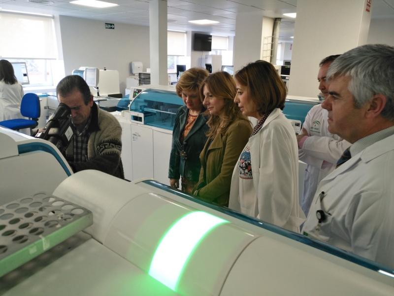 Salud robotiza los laboratorios de ja n para mejorar el - Tiempo los villares jaen ...