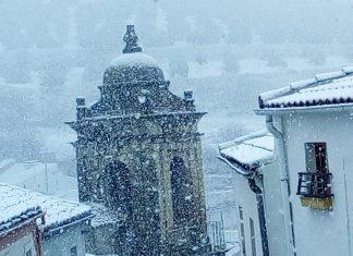 La nevada ayer en Martos fue de las que se recordarán mucho tiempo.