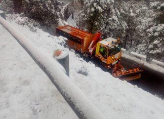Quitanieves trabajando en las carreteras de la provincia de Jaén. FOTO: Fomento