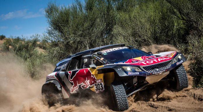 Coche de Carlos Sainz y Lucas Cruz en uno de los momentos de este Dakar.