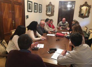 Reunión del equipo de Gobierno donde se ha realizado balance de la temporada del albergue de temporeros.