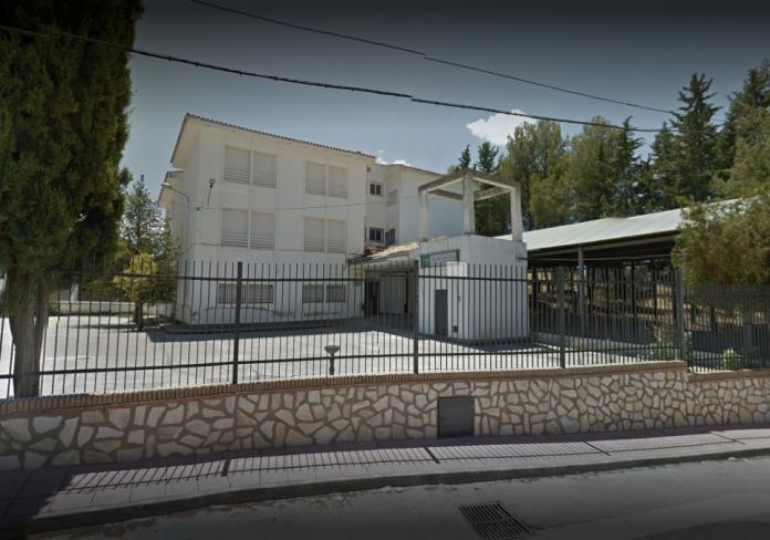 Colegio de Chiuellvar donde se habría producido la presunta violación a un niño de 9 años.