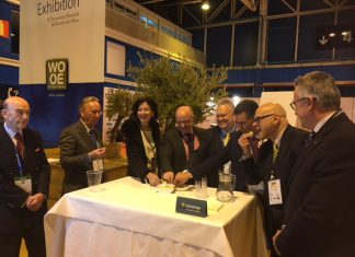 Inauguración del World Olive Oil Exhibition WOOE.