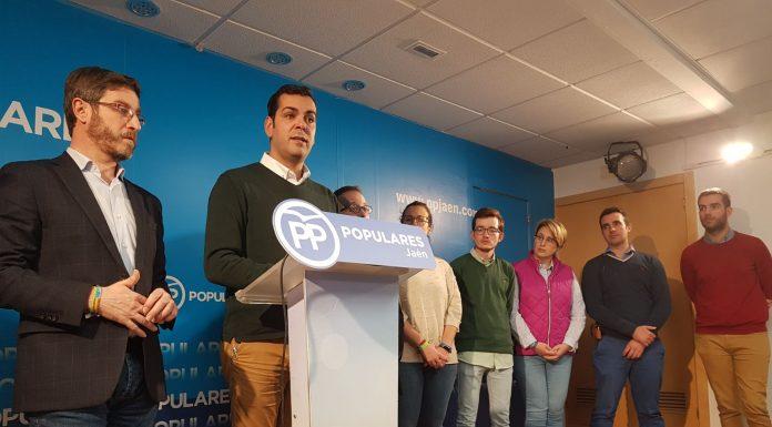 El presidente provincial del PP jiennense, Juan Diego Requena explica la nueva campaña