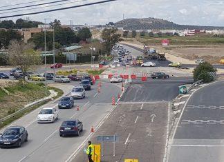 Obras de la gran rotonda de acceso al Jaén Plaza en la N-323.FOTO: HoraJaén