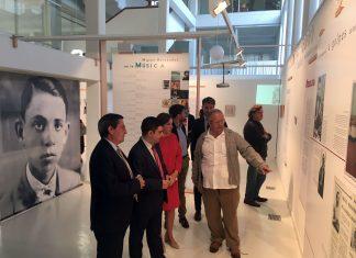 Inauguración exposición Miguel Hernández en Granada.