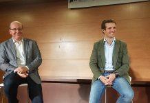 Pablo Casado con el alcalde de Jaén, Javier Márquez.