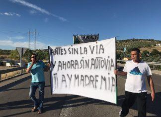 Manifestación de la A-32 en Villacarrillo.