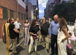 Visita del alcalde y concejales a las Fiestas de Santa Isabel donde comenzó todo.