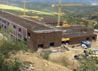 Hospital de Cazorla en construcción.