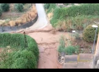 El canal de Huelma durante una tormenta.