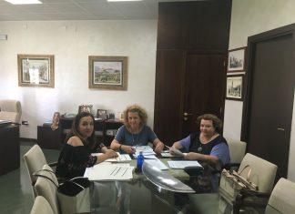 Reunión de coordinación entre distintas administraciones para analizar la situación del agua en El Condado.