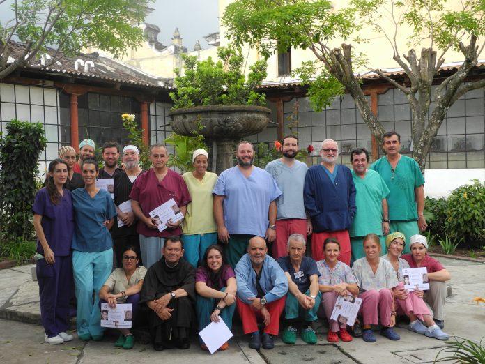 Sanitarios que comienzan mañana su viaje a Guatemala en la Expedición de Quesada Solidaria.
