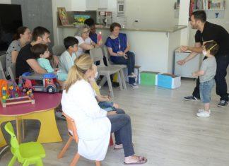 Fiesta de comienzo del aula compensatoria en el hospital de Jaén.