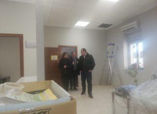 La delegada del Gobierno y el alcalde de Martos visitan las obras de los juzgados.