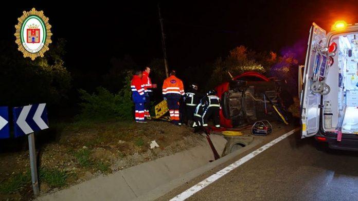 Accidente de dos jóvenes en Baeza.