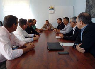 Reunión del concejal de Hacienda con miembros de Puensi y Aqualia.