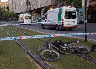 Ambulancias en el lugar de los hechos. FOTO: HoraJaén