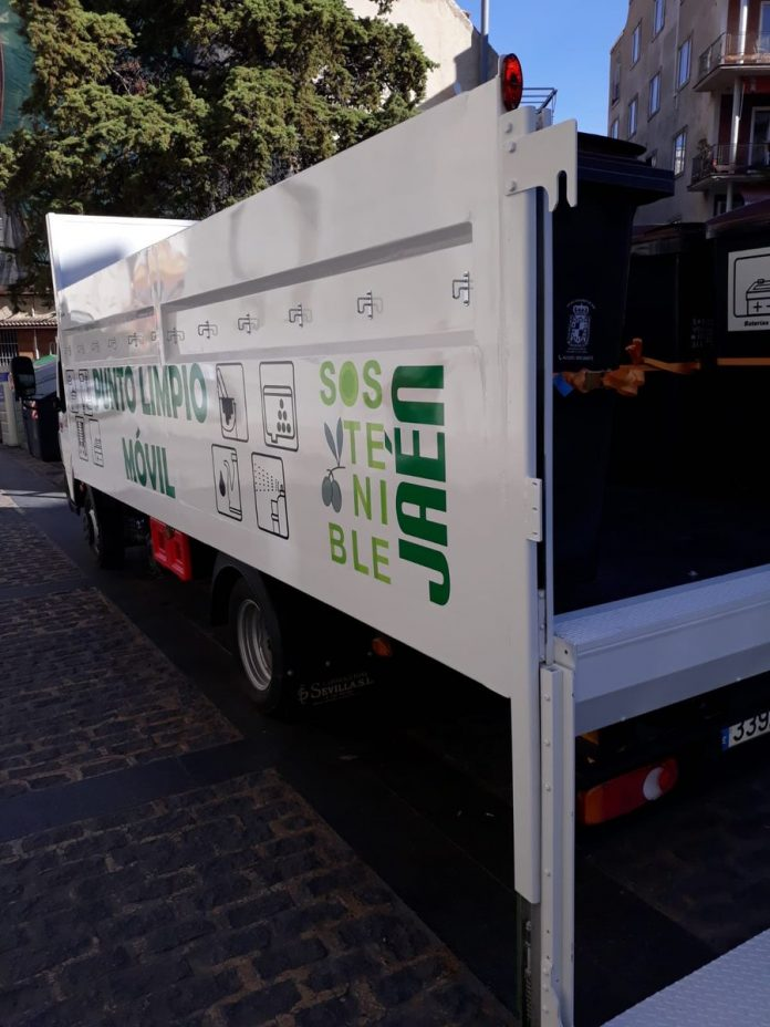 Punto limpio móvil de Jaén.