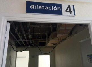 CSIF denuncia el derrumbe del techo de la sala de dilatación.