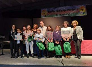 Ganadores del pasado año recibiendo sus premios en una gala celebrada en Pozo Alcon.